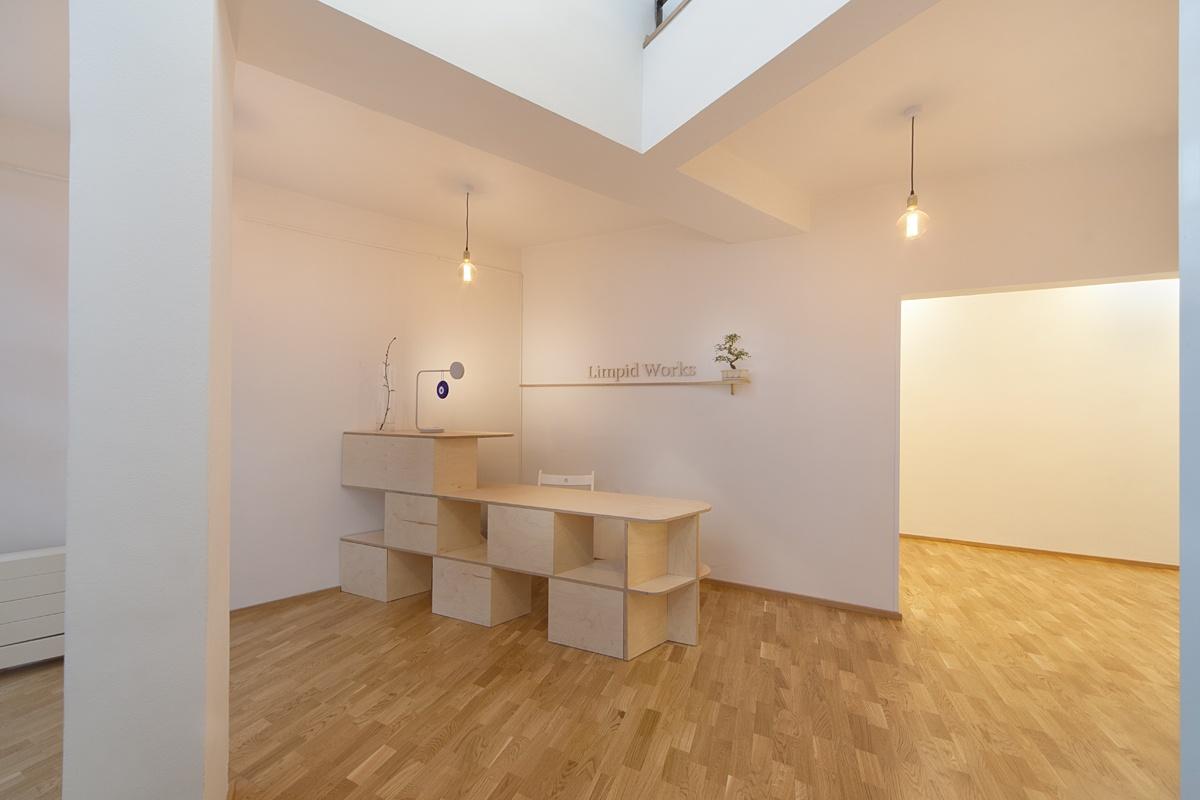Taneční studio - dřevěná podlaha